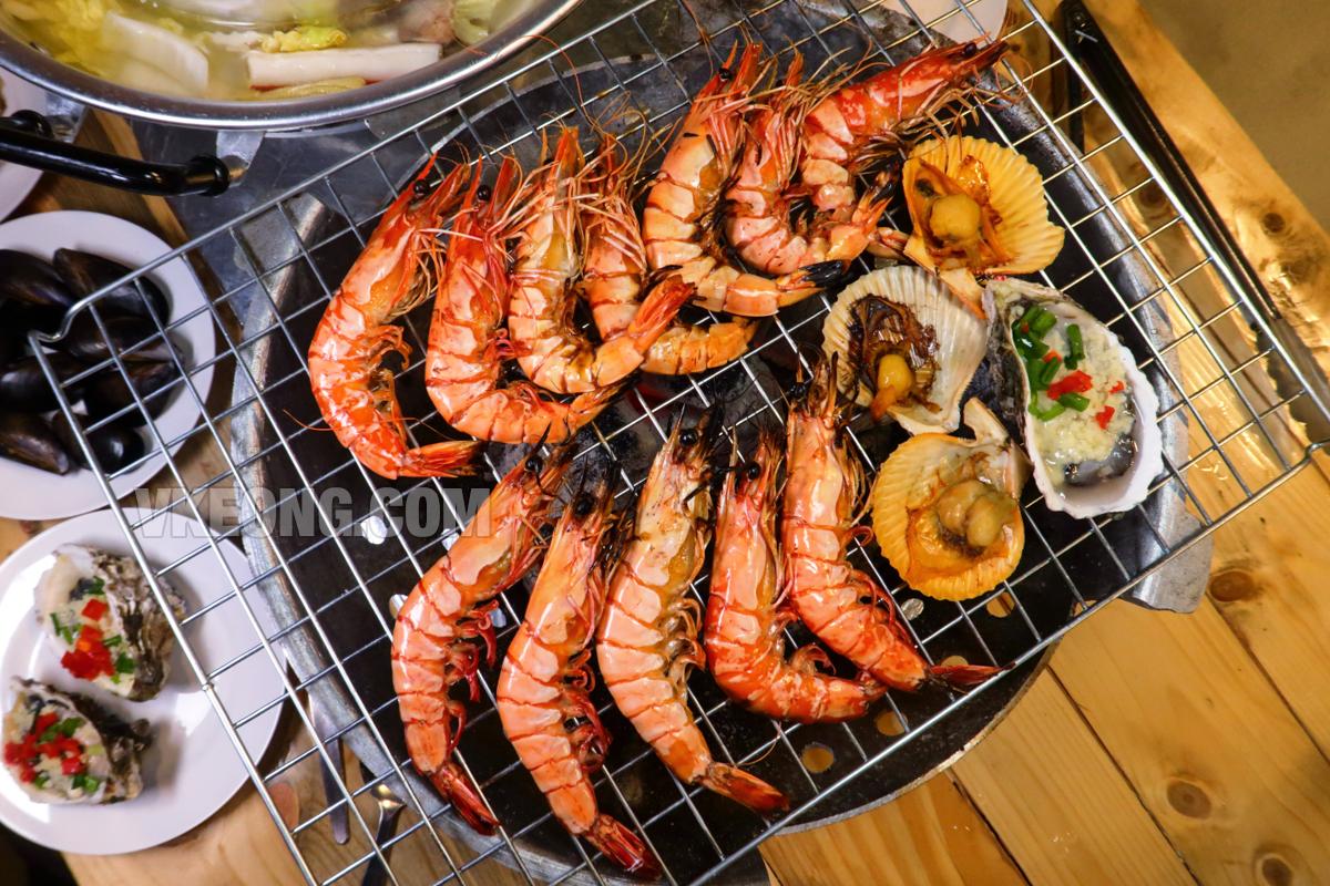 Talaykrata-Seafood-BBQ-Publika-Grilled-Tiger-Prawns