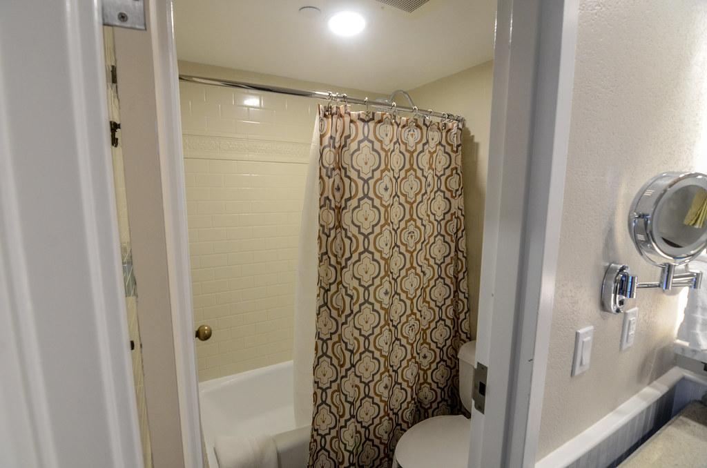 POFQ shower
