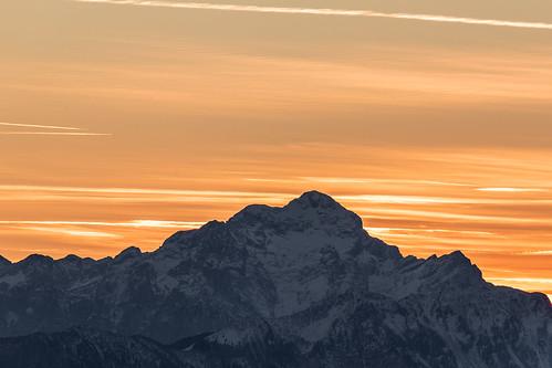 Mountain Sunset/Sonnenuntergang hinter dem Berg