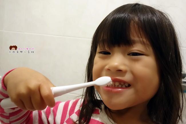兒童牙刷推薦 AGUARD 兔兔兒童電動牙刷 - (17)