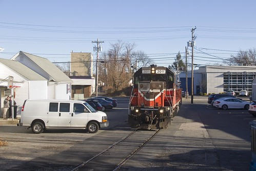 pw providenceworcester gp38 pw2011 local train railway railroad rr industry spur industrial parkinglot streetrunning
