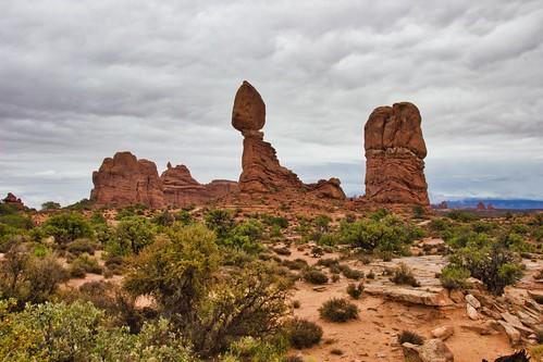 IMG_13250_Balanced_Rock_At_Arches