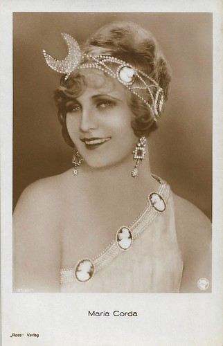Maria Corda in The Private Life of Helen of Troy (1927)