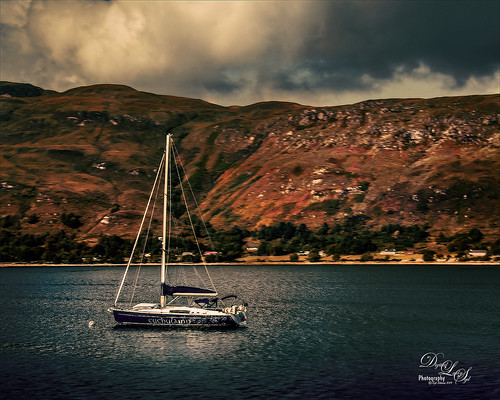 Image of a sailboat in the Highlands of Scotland