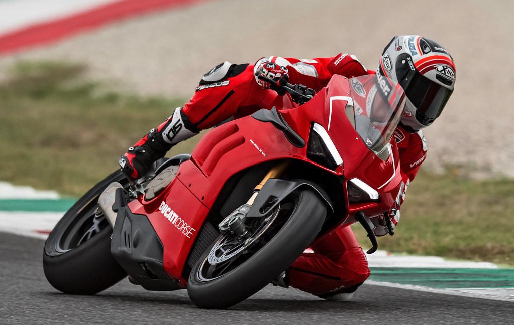 Ducati 1000 Panigale V4 R 2019 - 18