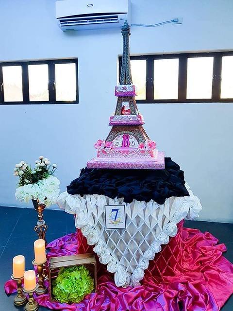 Cake by Anne Yambao Hermoso-Delgado