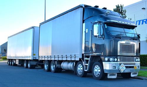 2011 Freightliner TSB Argosy