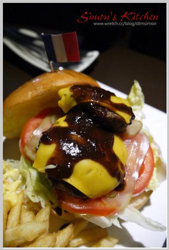 DOM動美式餐廳酒吧12